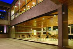 Cafe literario, Providencia, Stgo. - Chile proyecto con un Sistema Sigma VD de nuestra linea Segemta. #ducasseindustrial #vidrio #glass #arquitectura