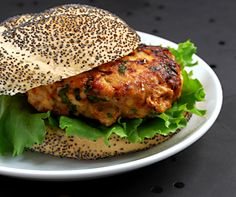 Spicy turkey burger. Chili powder, cumin, fresh jalapeño peppers and cilantro liven up quick and easy turkey burgers