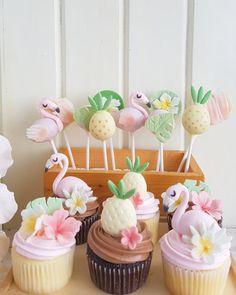 Flamingoes, Pineapples and Chocolate Feathers Tropical Cupcakes, Flamingo Cupcakes, Tropical Party, Hawaiian Birthday, Flamingo Birthday, Flamingo Party, Aloha Party, Luau Party, Gateaux Cake