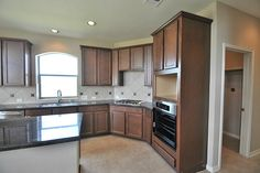 13 x 13 tile, diamond pattern, backsplash - Fireplace Kitchen, Travertine Tile, Diamond Pattern, Home Values, Backsplash, House Ideas, Kitchen Cabinets, Google Search, Home Decor