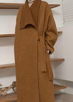 Abaya Fashion, Muslim Fashion, Modest Fashion, Fashion Dresses, Mode Abaya, Mode Hijab, Iranian Women Fashion, Abaya Designs, Mode Vintage