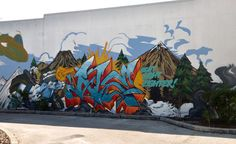 A comic nerds dream of a mural in St. Petersburg, FL. It is still unfinished, but we had to share it. We believe CThomas Art did this, but we are not 100% sure. If you do, please let us know. (Cable is Awesome!) Via MoreThanSunshine.com