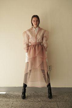 Estilo Fashion, Look Fashion, Fashion Details, Runway Fashion, Ideias Fashion, High Fashion, Fashion Show, Fashion Outfits, Womens Fashion