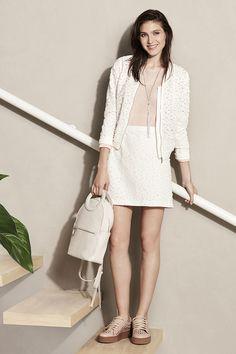 CAMPERA JAZMIN - COLLAR ALIAGA - SWEATER SAKURA - POLLERA JAZMIN - MOCHILA CAPUCHINA White Dress, Outfits, Sweaters, Shirts, Dresses, Fashion, Vitamin E, Fall Winter, Style