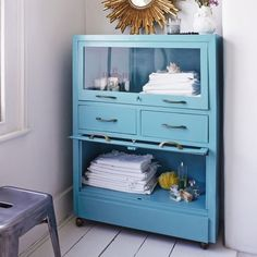 A cool industrial steel turquoise cabinet. It's powder coated so it won't rust & features two drawers & two shelves with up folding glass doors. These cabinets sell out faster than you can say 'Brocante Cabinet in Turquoise'. Turquoise Cabinets, Turquoise Kitchen, French Furniture, Cool Furniture, Painted Furniture, Kitchen Furniture, Vintage Furniture, Fabrikor Ikea, Cabinet Shelving