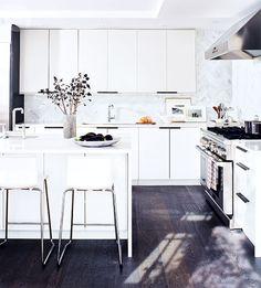 Stylish kitchen renovation {PHOTO: Virginia MacDonald}