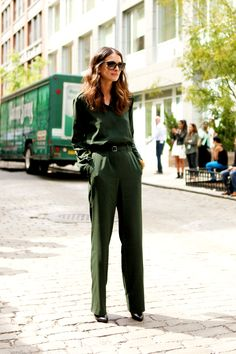 Get the look: Black sunglasses, green jumpsuits available here and here (black version also available here), and black heeled boots Who doesn't love a jumpsuit? It's the perfect alternative to a dress, and pretty much made for the festive season. So simple, super chic and requires minimal accessories (or effort) which is always a good thing! The post Forest Green appeared first on We The People.