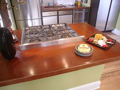 How to Pour a Simple Concrete Countertop : How-To : DIY Network