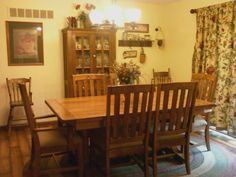 Sweet Georgia table and chairs