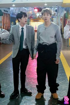 ok, maybe it's just me being gay, but this look on namjoon was one of the best things to have ever occurred to someone, who the fUck do I have to thank? Seokjin, Kim Namjoon, Jung Hoseok, Namjin, Foto Bts, Bts Photo, Bts Boys, Bts Bangtan Boy, Jikook