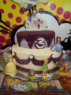 Sofía the First cake