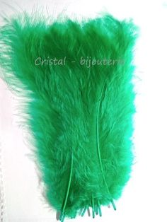♥PLU2-04♥ 10 PLUMAS NATURALES TEÑIDAS  FEATHER COLOR VERDE MEDIO 13-15 CM♥