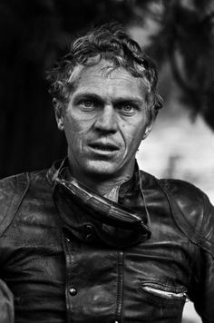 Steve McQueen takes time from his acting career for his passion for motorcycle racing. Here he is shown after finishing a race in the Mojave Desert in - Steve McQueen after Motorcycle Race (© John Dominis) Steven Mcqueen, Easy Rider, Photo Star, Tribute, Looks Cool, Famous Faces, Famous Photos, Famous Men, Belle Photo