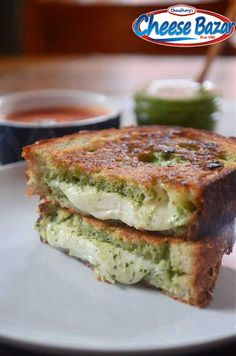 Enjoy weekend with #MozzarellaGrilledCheese #MozzarellaCheeseSandwiched #Parmesancrusted #Cheese #cheeselovers