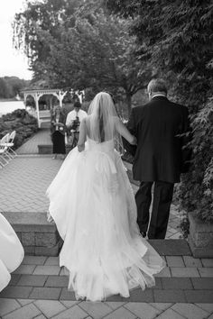 Father & Daughter's Walk Down the Aisle | Photo By Kaitlin Noel Photography