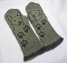 Helemenkerrääjä puikkoviidakossa: Koiraihmisen lapaset Mitten Gloves, Fair Isle Knitting, Knitting Charts, Animal Design, Geek Stuff, Socks, Inspiration, Helmet, Tricot