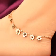 Fine or Fashion: Fashion Item Type: Anklets Gender: Women Style: Romantic Length: 25cm Metals Type: Rose Gold Plated Shapepattern: Plant Item: anklet bracelet material: Stainless Steel Guaranteed saf