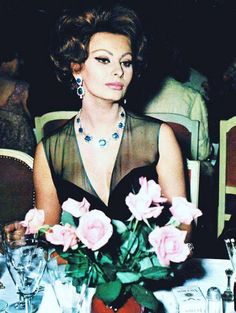 Sophia Loren. ultimate soft dramatic. Some kind of autumn, I wanna say deep autumn but her eyes don't really fit that mold...