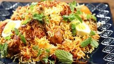 Learn how to make mouth watering and tempting Chicken Biryani at home. Biryani is prepared using fragrant rice, aromatic spices and chicken. So watch and learn how to make Chicken Biryani only on Get Curried Keema Biryani Recipe, Dum Biryani, Indian Food Recipes, Asian Recipes, Ethnic Recipes, Malaysian Cuisine, Yummy Chicken Recipes, India Food, Indian Dishes