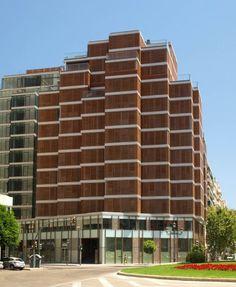 """Viviendas de alto standing y oficinas """"Porta de la Mar"""" en Valencia - AIC EQUIP S.L."""