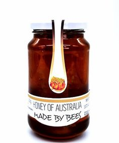 Amber Gold Australia Honeycomb -the purest and natural honey you can buy. It is a 100% Natural, chewy honeycomb. You can enjoy the special experience of biting into a piece of honeycomb. It comes from a pollution-free environment and is therefore pure from chemicals. Natural Honey, Raw Honey, Australian Honey, Honeycomb, Amber, Pure Products, Canning, Gold, Environment