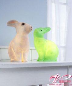 兔子灯 white and neon green rabbit lamps