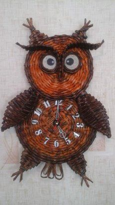 Paper Basket Weaving, Willow Weaving, Paper Clock, Paper Art, Cardboard Crafts, Paper Crafts, Wicker Baskets, Quilling, Diy And Crafts