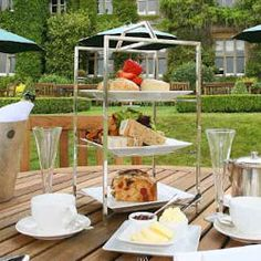 DESIGNRESTAURANTS The Lounge at South Lodge Hotel - Lower Beeding, West Sussex   Club offers available