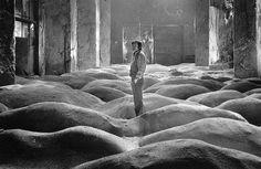 Andrej Tarkovskij sul set di Stalker. (1979)