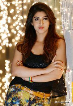 12 Beautiful Photographs Of Indian TV Actress Sonarika Bhadoria Beautiful Bollywood Actress, Most Beautiful Indian Actress, Beautiful Girl Indian, Beautiful Girl Image, Beautiful Gorgeous, Beautiful Actresses, Beautiful Models, Beauty Full Girl, Beauty Women