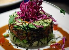Spicy Ahi Tuna Rolls with Avocado Edamame Cucumber and Wasabi. Non-traditional like the Yardhouse does. Fish Recipes, Seafood Recipes, Asian Recipes, Cooking Recipes, Healthy Recipes, Wasabi Recipes, Recipies, A Food, Food And Drink