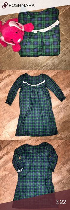 R U Sleeping Plaid Flannel Nightgown Size S 6/6x R U Sleeping Plaid Flannel Nightgown Size S 6/6x - Ruffled Elastic At Wrists - Worn Once - Excellent Condition - 🎄Cute For Christmas🎄 R U Sleeping Pajamas Nightgowns