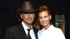 Faith Hill, Tim McGraw share kisses at ACM Awards: See the cute pics!
