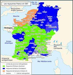 """Les royaumes francs en 587 après le partage d'Andelot. Bleu (royaume de Reims, Childebert); vert (royaume d'Orléans, Gontran); orange (royaume de Soissons, Clotaire II). +: évêché, double +: évêché métropolitain.- 22) ABBAYE STE-CROIX, POITIERS: Childebert II, """"instruit de ces nouvelles, adressa des envoyés au roi Gontran, afin que, réunissant les évêques des 2 royaumes, on pût par un jugement canonique, remédier à ce qui se passait"""". Les nonnes ne veulent pas se résigner à rentrer au…"""