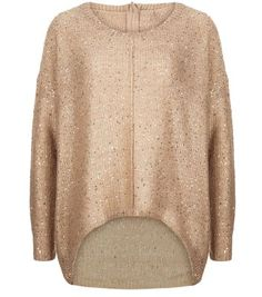Vero Moda. This shell pink jumper is a great way to add a shimmer to causal knitwear - pair with black skinny jeans and metallic loafers.- Glitter finish- Simple long sleeves- Round neck- Curved hem- Soft knitted fabric- Oversized fit-