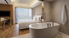 Hotel Renaissance Hong Kong Harbour, Hong Kong - Booking.com