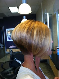 A perfect inverted bob. Hair done by Kayla Faith! Follow @kay_faith on Instagram for more styles