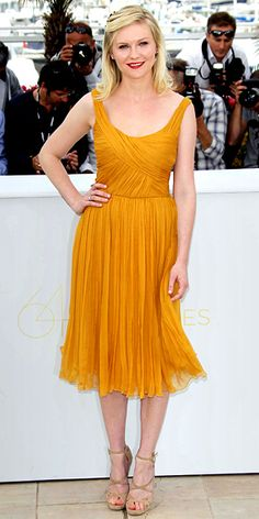 Kirsten Dunst in a Chloé dress and Jimmy Choo shoes
