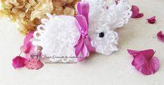 White bunny / bianconiglio realizzato a uncinetto, per info >> http://coccinellecreative.blogspot.it/2016/03/white-bunny-crochet-free-pattern-schema.html White bunny / white rabbit made of crocheting, for info >> http://coccinellecreative.blogspot.it/2016/03/white-bunny-crochet-free-pattern-schema.html