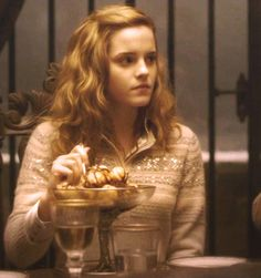 Hermione Granger ~ At Slughorn's ~ Harry Potter and the Half Blood Prince