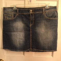 Vigoss Fit Jean Skirt Vigoss Fit Jean Skirt. Size 20. Only tried on. Has been in my drawer forever. Has one distressed back pocket. I did buy it like that. Excellent condition. Vigoss Skirts Mini
