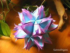 Schwierigkeit ♥♥♥♥♡ Dieser tolle Kusudama ist ein Design von Uniya Filonova Thank you so for permission :-) gefaltet werden die Module in 1 : 3 Dimension ich...