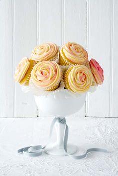 Make a cupcake bouquet