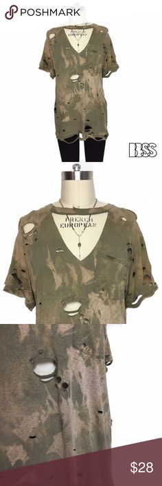 VINTAGE DEEP V CHOKER/COLLAR DETAIL DISTRESSED TEE VINTAGE DEEP V CHOKER/COLLAR DETAIL DISTRESSED TSHIRT!! Super cool faded effect on this worn in lightweight fabric! Light olive green color. Distressing all over shirt with DEEP V cut out! Style is very flattering and easy to dress up and down! Single front pocket. Measurements - LENGTH: 27' / BUST: 19.5' Marked size Medium. Vintage Tops Tees - Short Sleeve