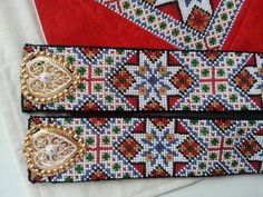 Folk Costume, Costumes, Hardanger Embroidery, Loom Patterns, Cross Stitch Designs, Seed Beads, Elsa, Diy And Crafts, Textiles
