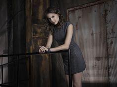 Thea (Willa Holland)