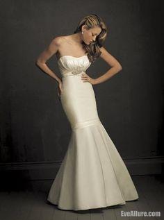Trumpet/Mermaid Strapless Court Train Satin Wedding Dress with Appliques - EveAllure