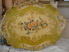 Beautiful Antique Paper Mache Tole Tray Floral