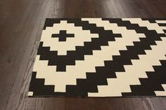$5 Off when you share! Homespun Rockville Beige Rug | Southwestern Rugs #RugsUSA
