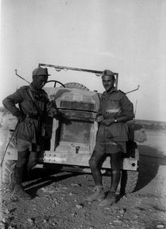 Two italian officers near a captured СМР Ford F15 in Egypt,1942 - pin by Paolo Marzioli